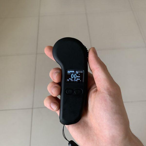 שלט עם צג 2.4GHz לסקייטבורד חשמלי (דגם 3)